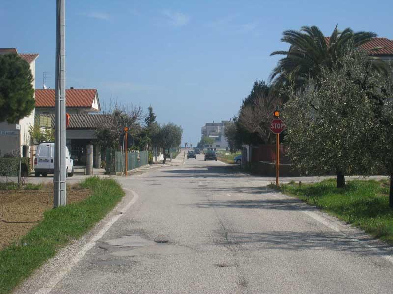 L'incrocio tra via Baracca e via De Pinedo