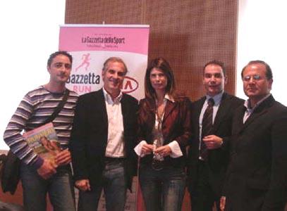 Alessandro Zocchi (il penultimo a destra) alla presentazione, a Milano, della
