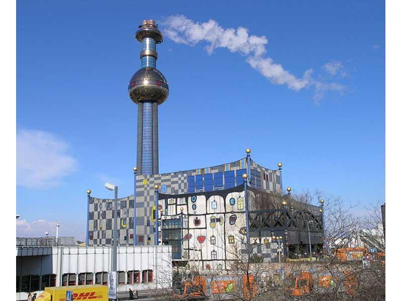 L'inceneritore di Vienna, pitturato dall'artista Hundertwasser