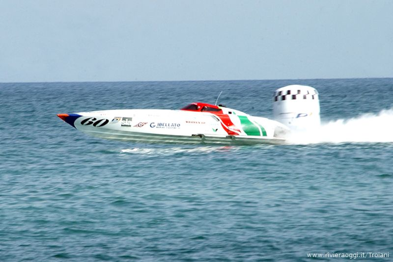 La tappa 2008 del Powerboat a San Benedetto