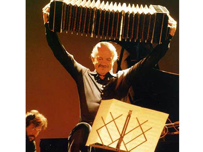 Astor Piazzola a Montreal nel 1984 (Foto P. Guzmán)