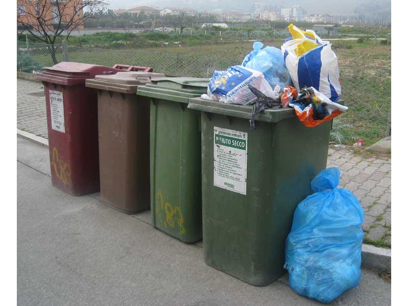 Raccolta differenziata e rifiuti al centro di un convegno che si terrà sabato 21 giugno all'auditorium comunale