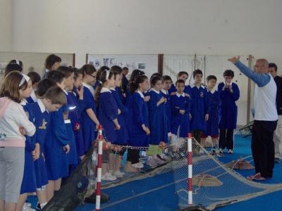 I bambini della quinta elementare visitano la mostra dedicata ai pescatori