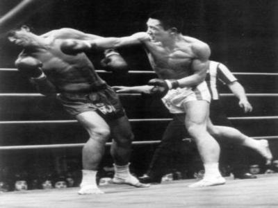 Un momento della kick boxing