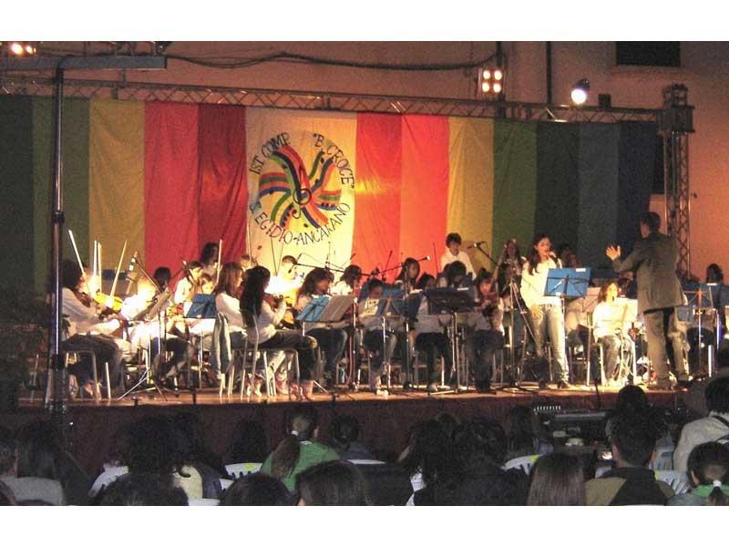 L'orchestra dell'Istituto Comprensivo di Sant'Egidio-Ancarano
