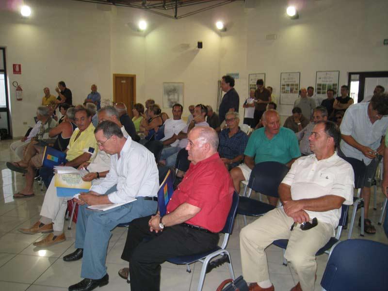 Il pubblico presente in sala consiliare