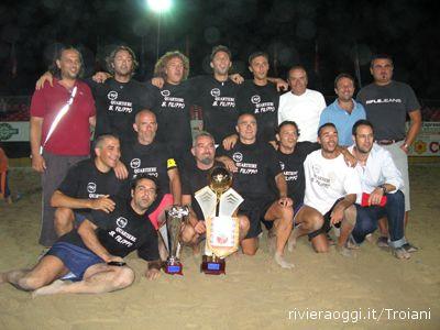 La squadra del quartiere San Filippo, vittoriosa nella Beach Arena 2007