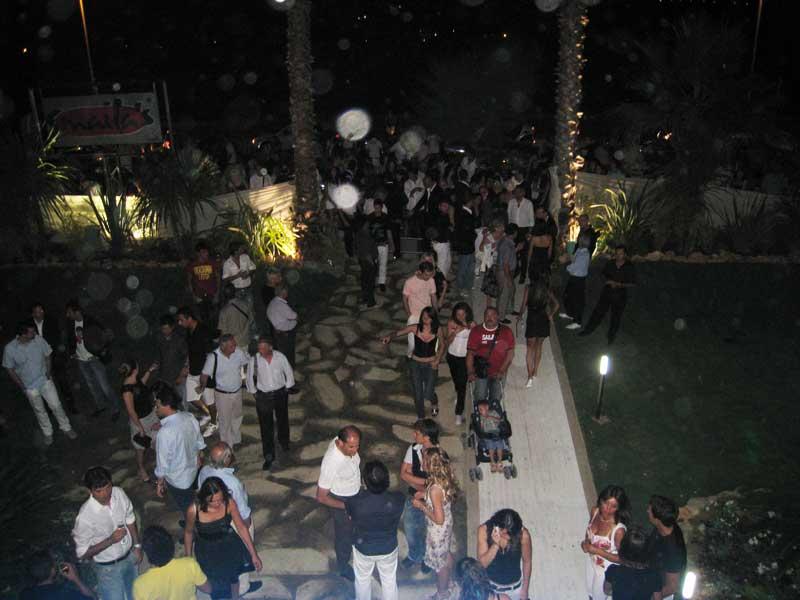 Folla nell'ingresso