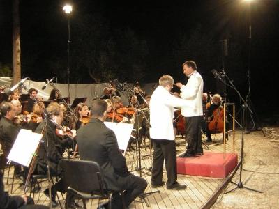 Dante Milozzi e l'Orchestra Sinfonica Abbruzzese