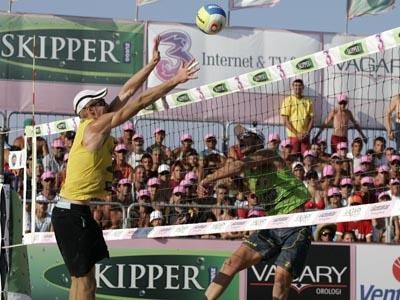 Domenghini-Zaytsev durante le sfide del Beach Volley