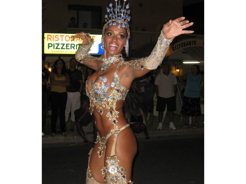 Ana Paula Evangelista, regina del Carnevale di Rio 2008