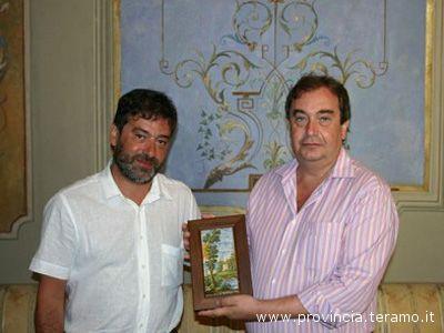 Ernino D'Agostino con il console De Blasio