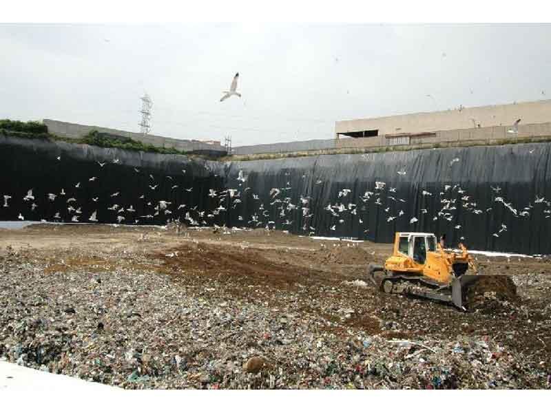 Emergenza rifiuti: le discariche abruzzesi esauriranno la loro capacità di conferimento entro giungo-dicembre 2009