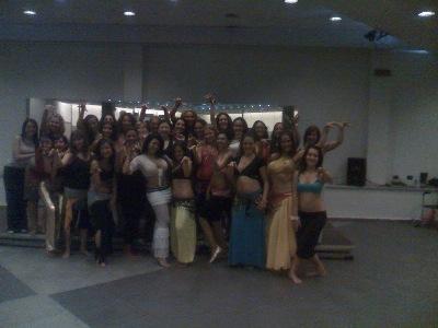 Le danzatrici dell'accademia di danza orientale
