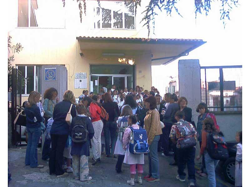 Lavori di ristrutturazione in numerosi istituti scolastici della provincia di Teramo
