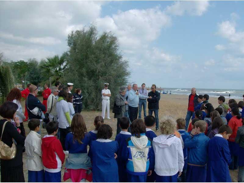 Il sindaco Di Salvatore dà il benvenuto agli alunni delle scuole elementari