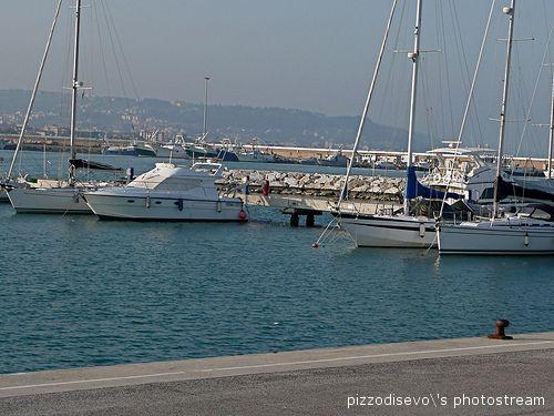 Il porto turistico a San Benedetto