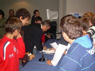 Maurizio Compagnoni incontra i giovani della scuola media