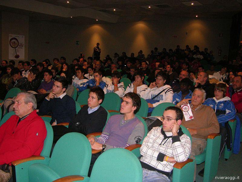 La folta platea presente al convegno