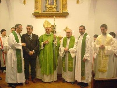 La messa celebrata alla chiesa della Madonna della Speranza dopo la sua riapertura