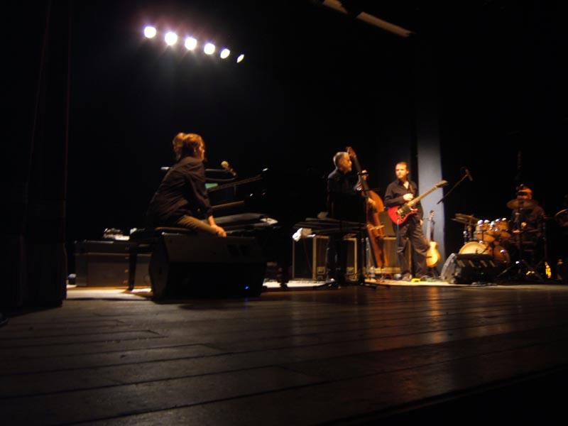 Patricia Barber e i suoi musicisti sul palco del Concordia