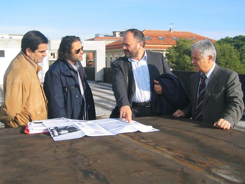 Fernando Palestini, il sindaco Gaspari e Ubaldo Maroni controllano i lavori al