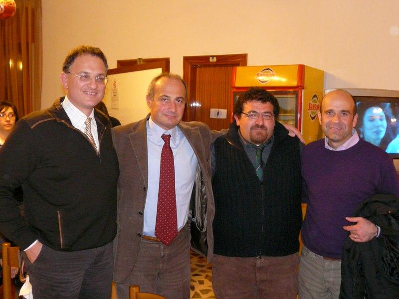 Da Sinistra, il dottor Vincenzo Rosini, l' assessore allo Sport Eldo Fanini, Aleandro Fioroni ed il portavoce del sindaco Guido  Renzi