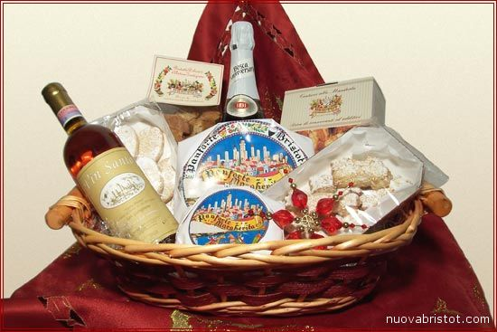 Una classica cesta natalizia