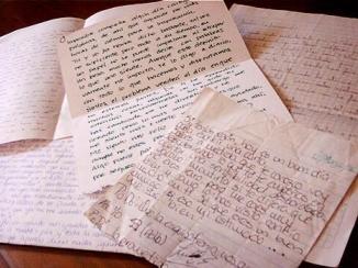 Al centro La Toore, scrivendo dei pensierini o facendo un disegno, si possono ricevere doni da Babbo Natale