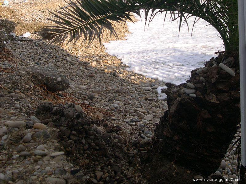 La mareggiata del 29 novembre ha portato via la ghiaia messa a inizio novembre