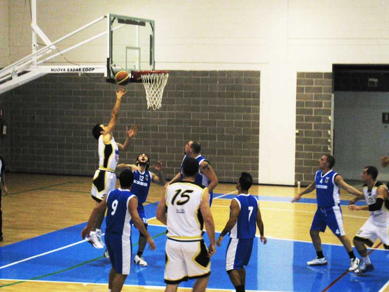 Il Martinsicuro basket in un recente match casalingo
