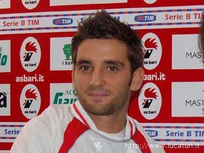 Andrea Carozza, qui con la maglia del Bari