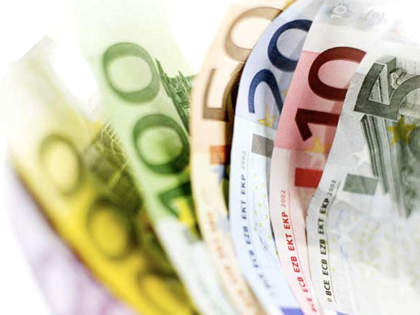 Aumentano le tasse, >, dice La Formica