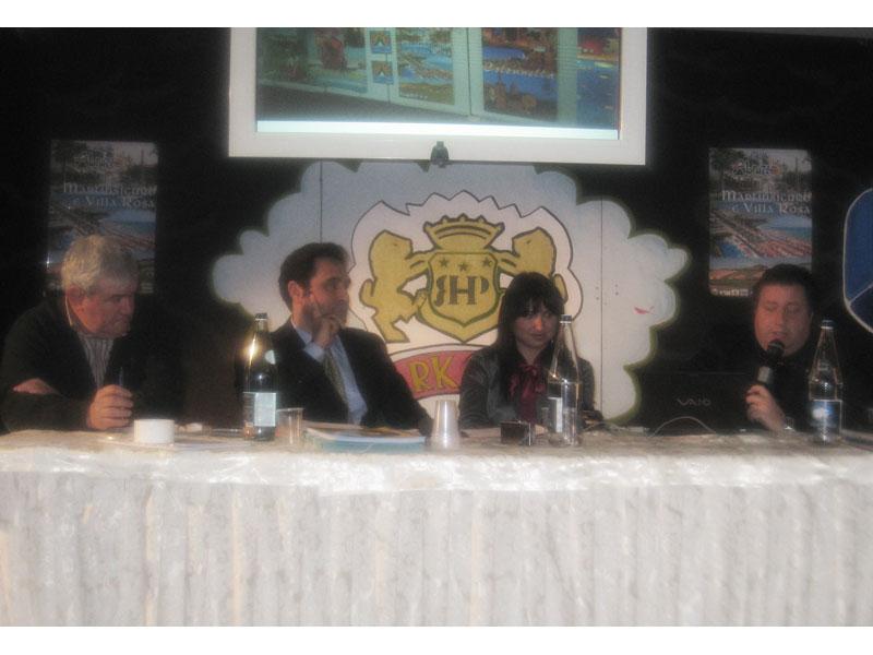 Amedeo Corsi, Pier Francesco Ciaralli e Ferdinando Iustini della Martintour. Al centro la moderatrice della serata Gloria Caioni