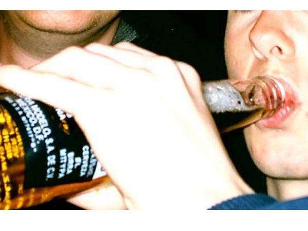 Il 46,80% di chi beve alcol si metterà al volante