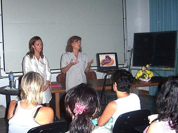 Giuditta Soave e Renata Bastiani durante una lezione