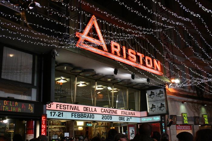 L'esterno del Teatro Ariston
