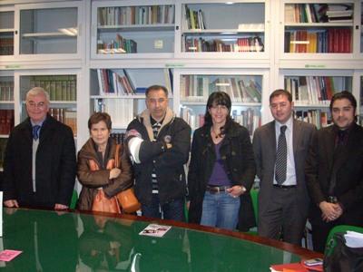 la presidentessa Carla Vicerè con alcuni membri della Pro Loco di Cupra Marittima