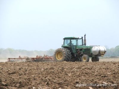 A breve si potrà richiedere tramite web il carburante agricolo