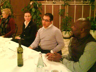 Susana Hysa, Ben Hamed Zouhair, Epiphane Dossou Yovo insieme al presidente del Rotary Club Gabriella Ceneri