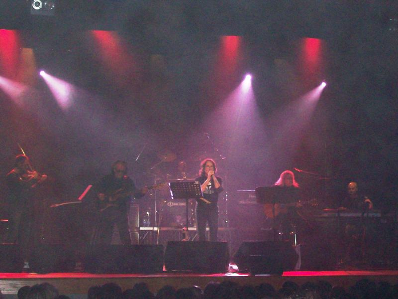 Un momento del concerto al Teatro delle Energie