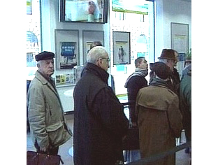 La fila in una sede Inps