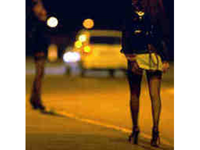 Prostituta derubata lungo la Bonifica del Tronto