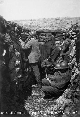 fanti italiani in trincea durante la Prima Guerra Mondiale