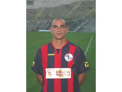 L'ex Grottammare Marcos Bolzan con la maglia dell'Aquila Calcio