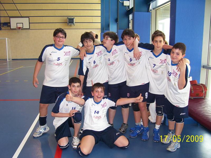 I ragazzi della Samb Volley dopo la vittoria contro la Baiengas