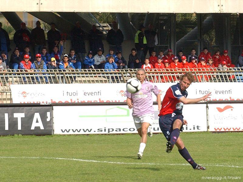 Cammarata sfiora il gol contro il Legnano: palla fuori di un soffio