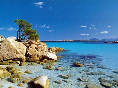 Un tratto di costa della Sardegna, che ha ricevuto per il 2008 solo due Bandiere Blu