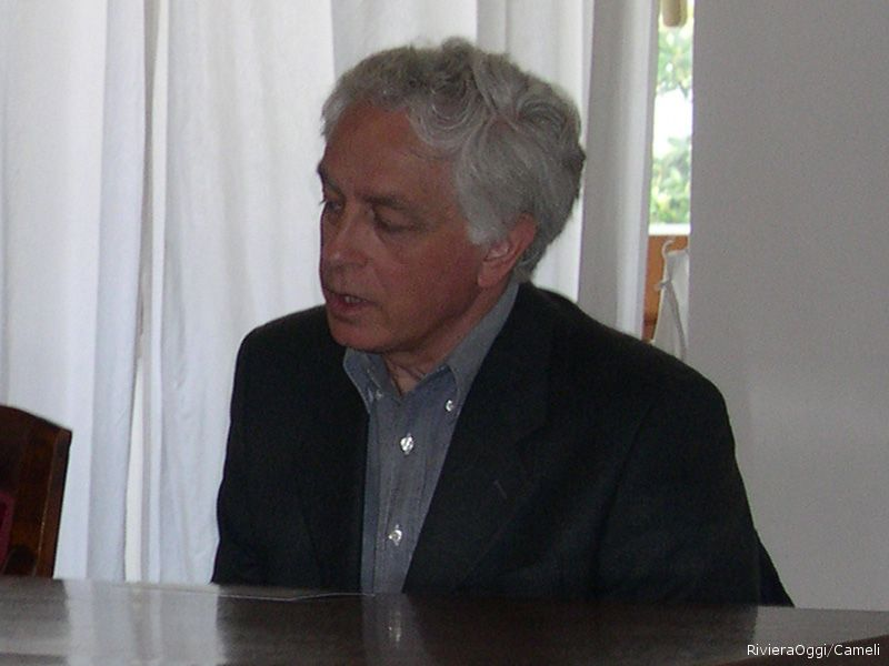 Il poeta Eugenio De Signoribus