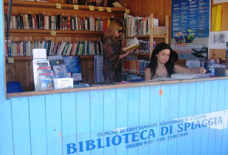 Dal 20 giugno torna la biblioteca di spiaggia